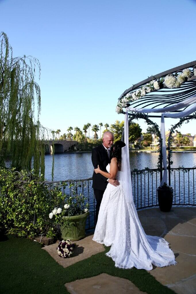 Swan Garden At The Lake Blissful Ceremony Package Up To