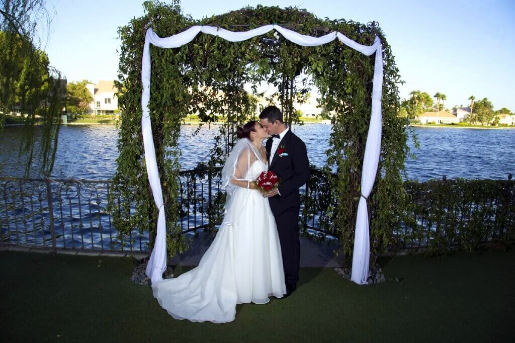 Lakeside Fantasy All Inclusive Wedding Reception Package Up To 75 Guests Included