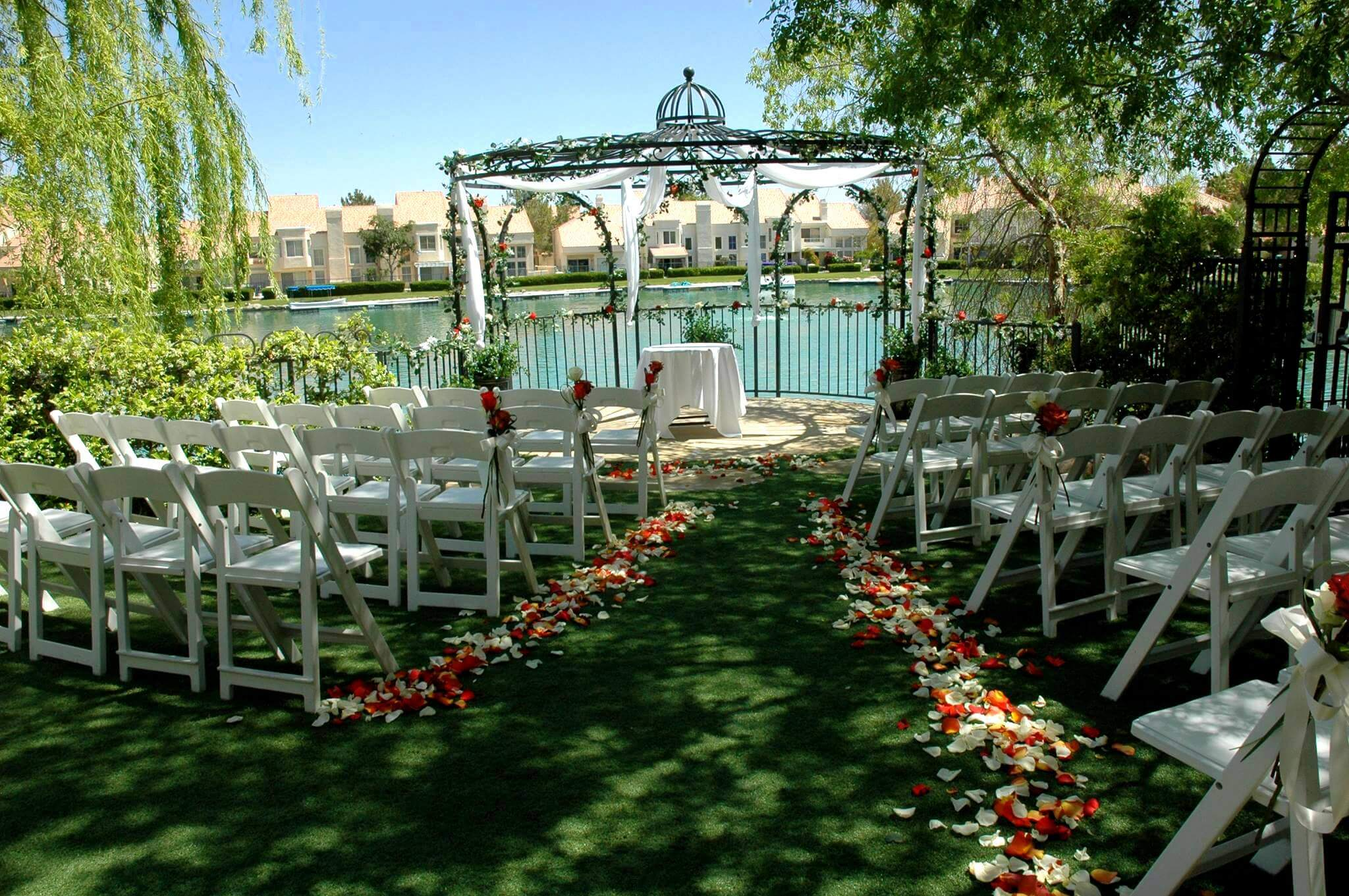 Swan Garden At The Lake Sapphire All Inclusive Wedding & Reception ...