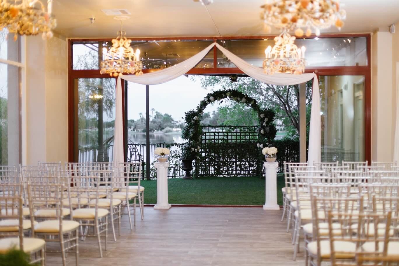 Lakeview Chapel Dream Ceremony Only Package Up To 50