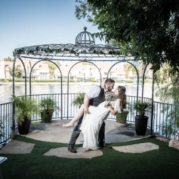 All Inclusive Las Vegas Wedding Packages for Large Ceremony and Receptions