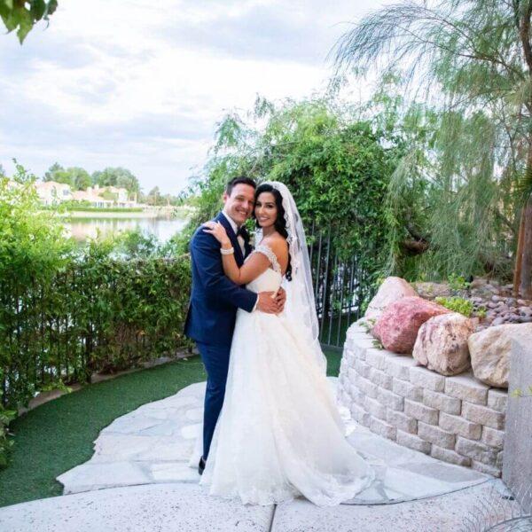 Las Vegas Lake Wedding Ceremony and Reception Near the Vegas Strip