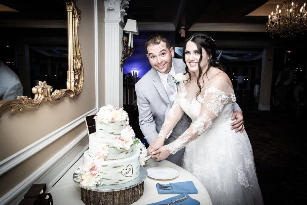Las Vegas Wedding Packages with Affordable All Inclusive Ceremony and Reception Options