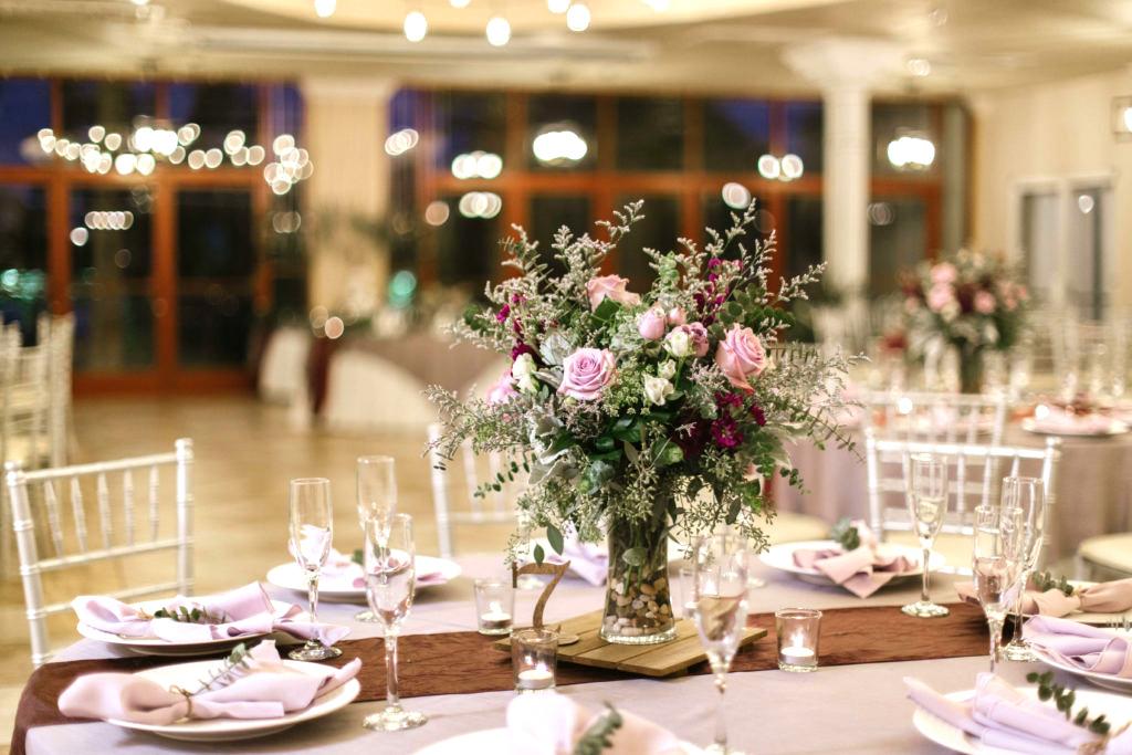 Las Vegas Banquet Hall for Large Wedding Receptions Near Downtown Vegas