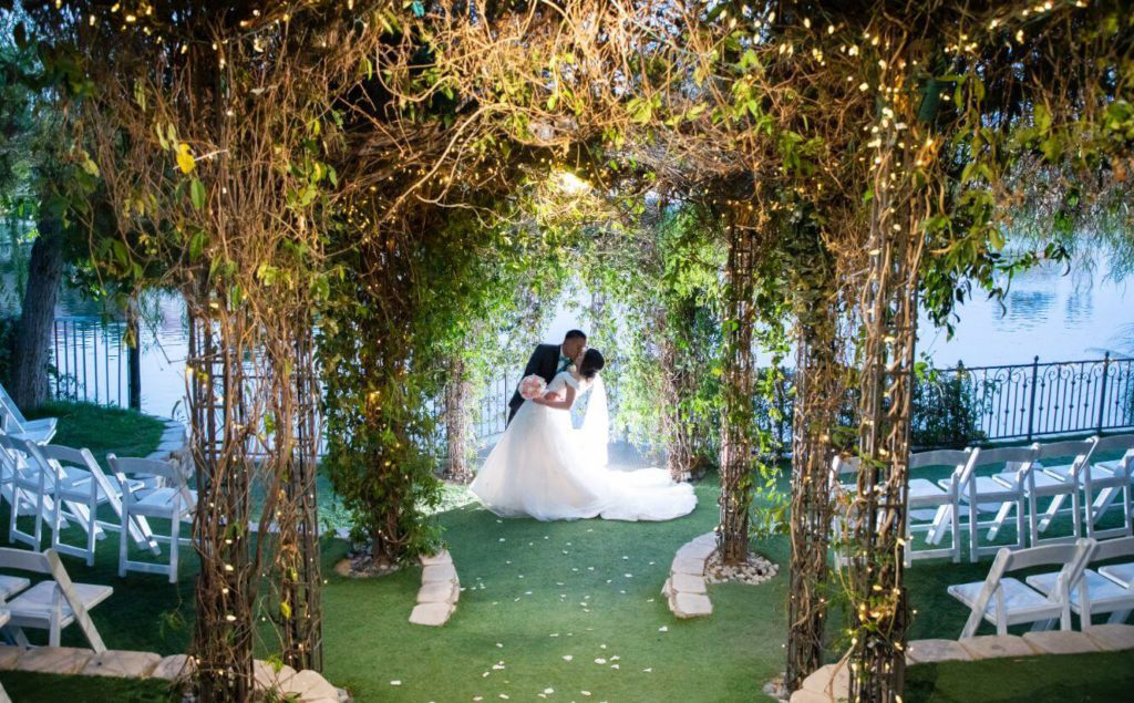 Outdoor Ceremony Only Las Vegas Wedding Package