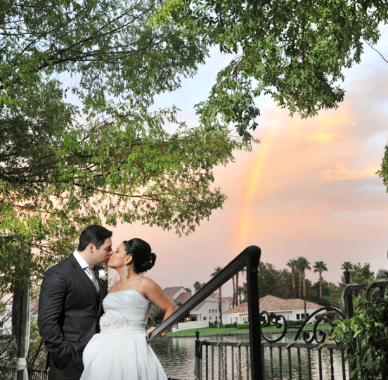 Beautiful Las Vegas Outdoor Sunset Wedding Venue Packages with All Inclusive and Ceremony Options