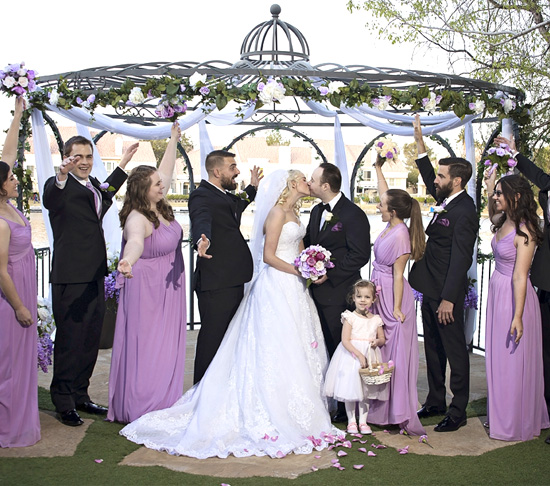 Find Out How to Choose the Best Ceremony Flowers for you Las Vegas Wedding Venue Location