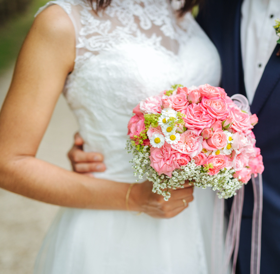 Las Vegas Weddings with Outdoor Ceremony Packages